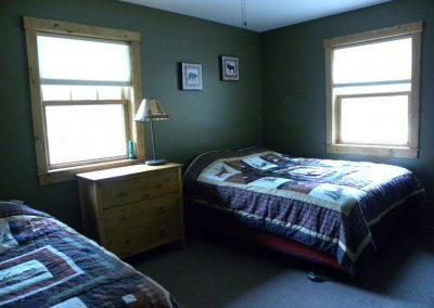 Pine Cone- bedroom 2